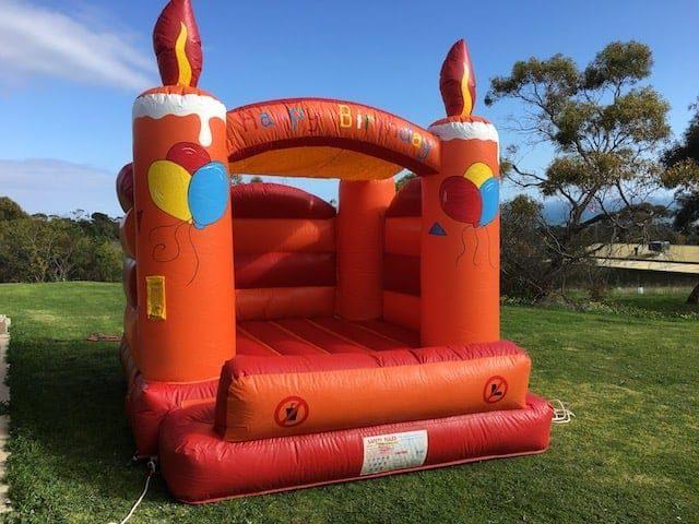 https://www.ijumpadelaide.com.au/bouncy-castle-birthday-cake/?swcfpc=1